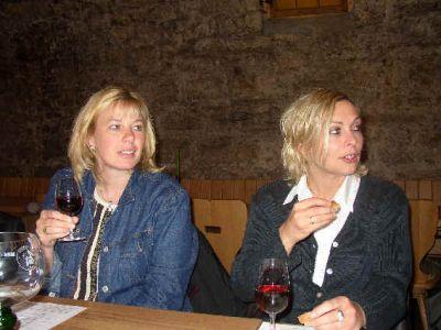 Sabine Und Ali Aufmerksam